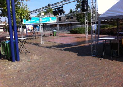 Zomerbraderie Salsa demo te Veldhoven